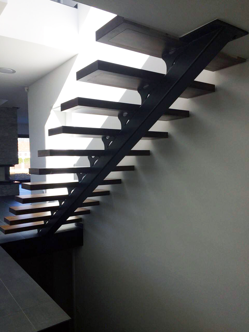 Attractive Steel As Construction Material For Stairways Production, In Comparison With  Other Materials, Offers Optimum Bearing Capacity And Longevity.